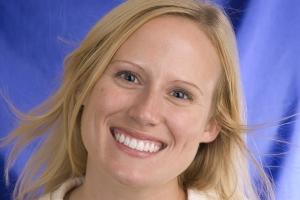 Elisabeth Laser Teeth Whitening F Post 0304 copy