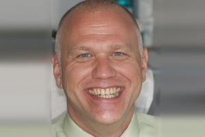 Jim Laser Teeth Whitening F B4 0169 copy