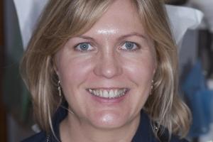 Mary Veneers & Orthodontics F  Before 4771