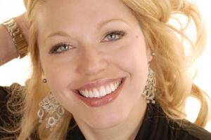 Megan Instant Orthodontics F Post 9054