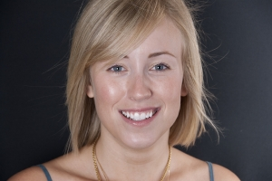 Phoebe Gummy Smile F After 6525