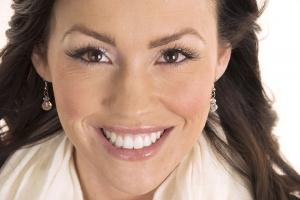 Teresita Teeth Whitening F Post 1076